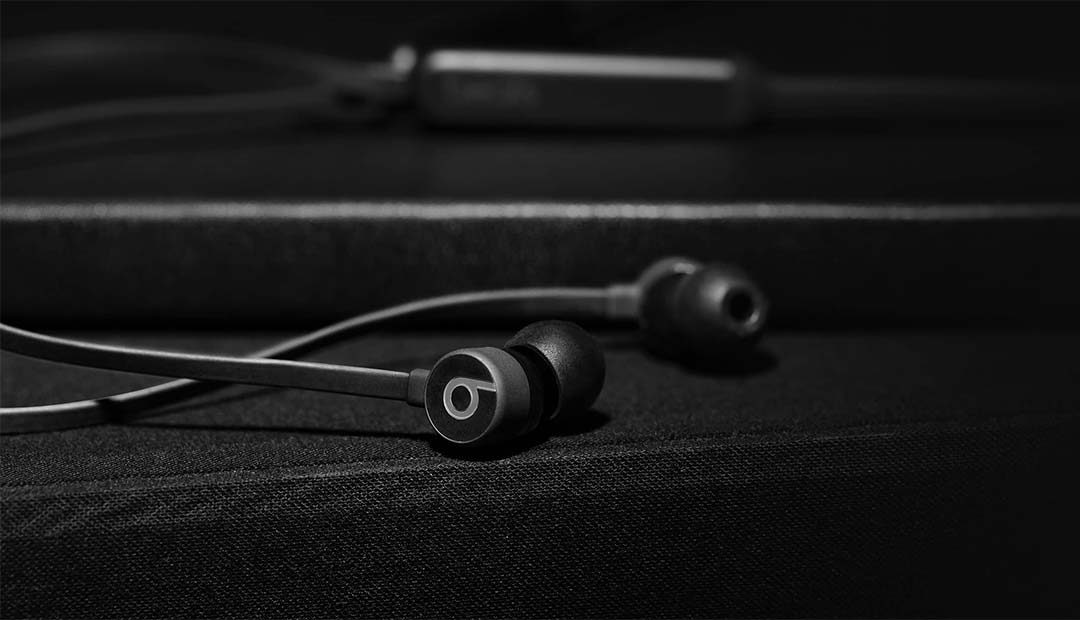 Win BeatsX Wireless Earphones
