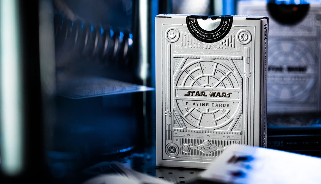 Win Star Wars Playing Cards